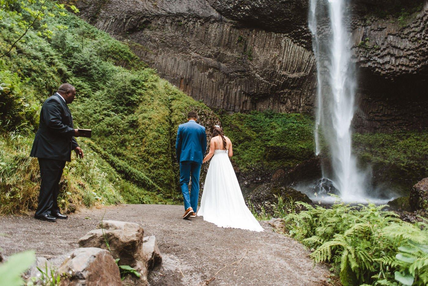 Latourell Falls Covid Wedding Bride and Groom