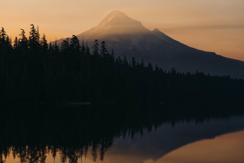 Best Mt Hood Elopement Locations Lost Lake