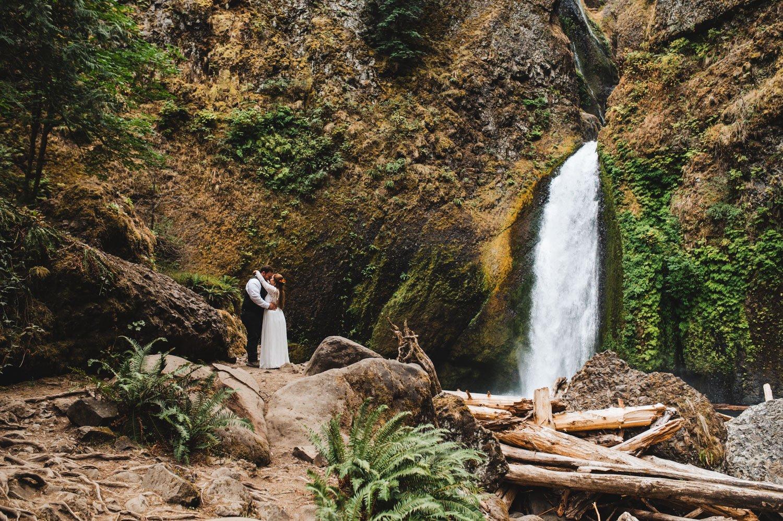 Wahclella Falls Oregon Elopement